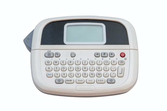 Choose the Right Input Method for Handheld and Portable Label Makers