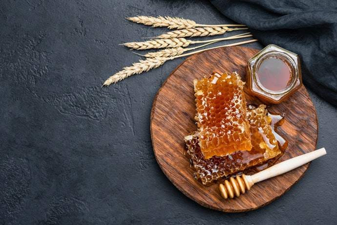 Raw, Unfiltered Honey Has the Most Benefits