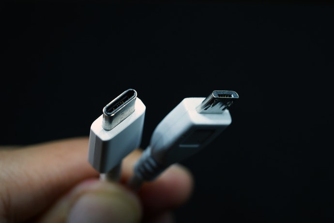 Consider the Card Reader's Connection Type