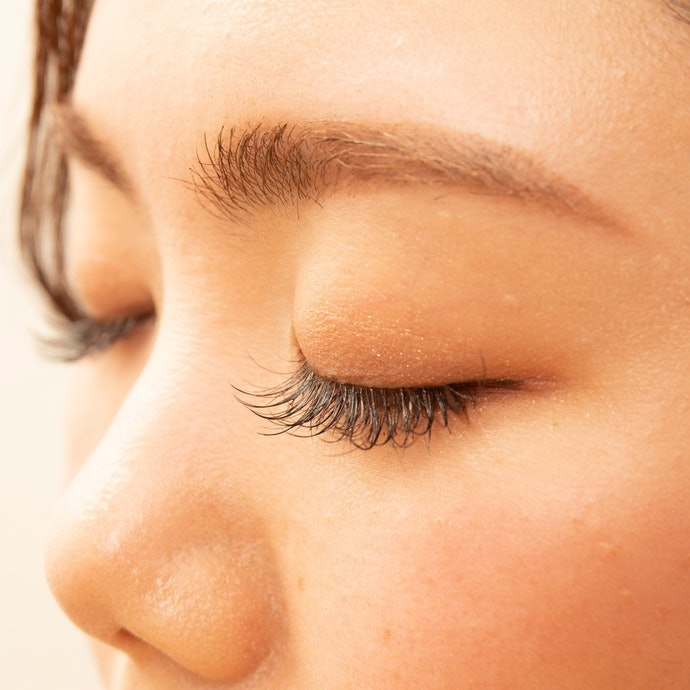 ⑤ Make Sure it's Alright to Use with Your Eyelash Extensions