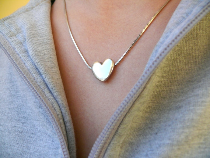Go for a Single Necklace for a Simpler Gift