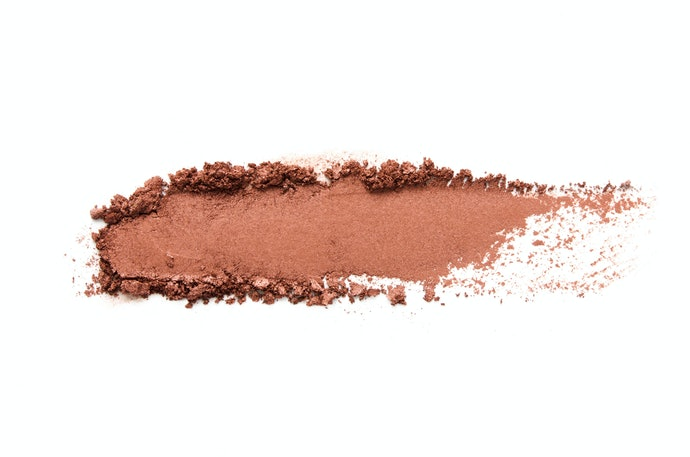 Cream-to-Powder Eyeshadows are Great for Oily Skin