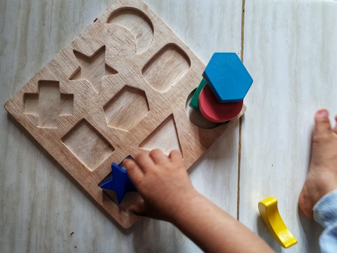 Inset Style Puzzles are Best for Babies