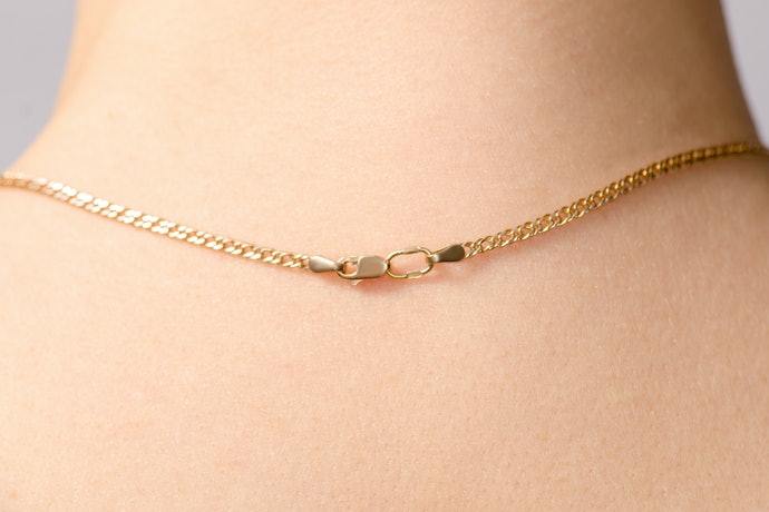 Look for Necklaces With Sturdy Chains