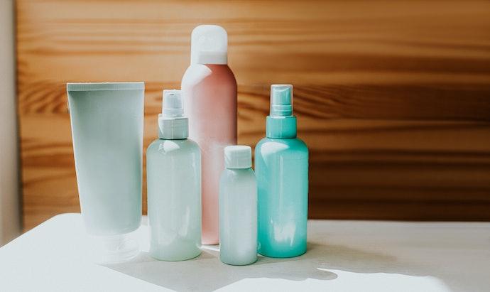 Choose Between Different Consistencies of Sunscreen