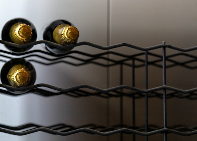 List Up Specific Bar Cart Features You'll Need