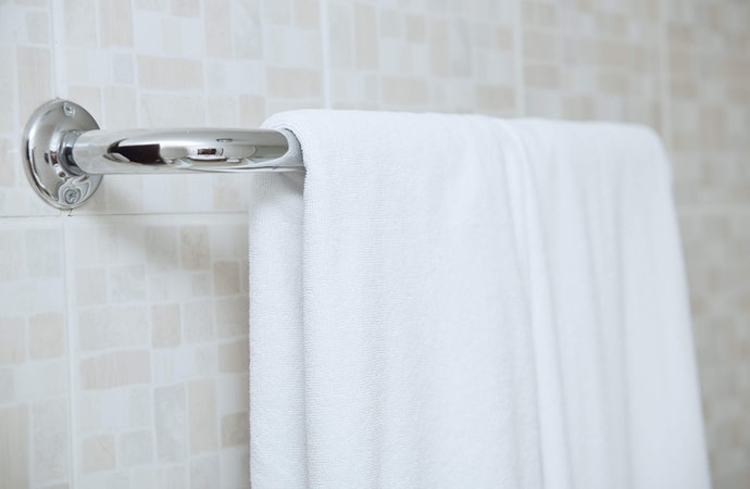 Make Your Bathroom Shine With Chrome Plating, Even On a Budget