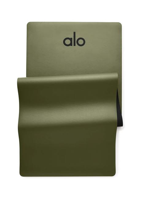 Alo Yoga Warrior Mat 1