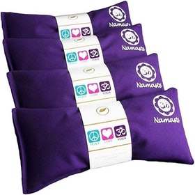 Top 10 Best Eye Pillows in 2021 (Asutra, DreamTime, and More) 4