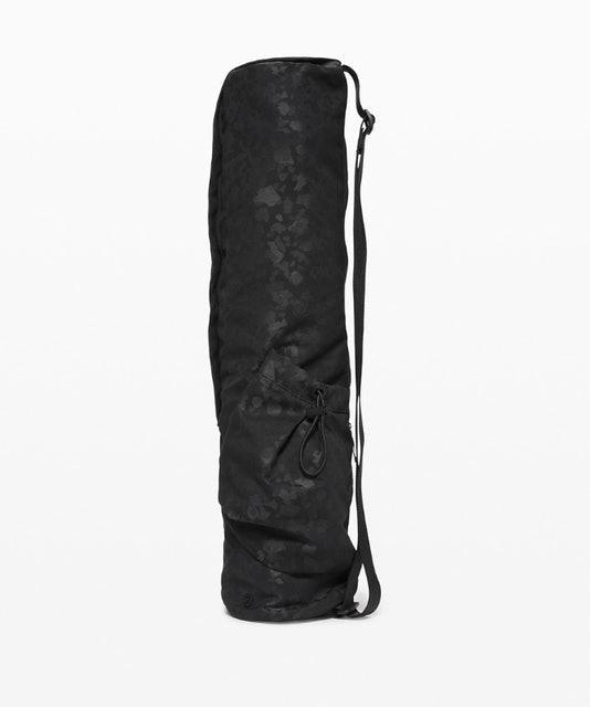 Lululemon The Yoga Mat Bag 1