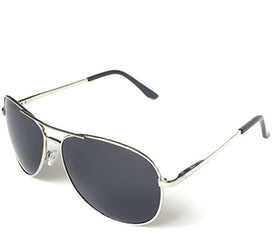 Top 10 Best Aviator Sunglasses for Men in 2021 (Ray-Ban, Versace, and More) 3