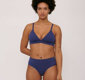 10 Best Organic Cotton Bras in 2021 (Kindred Bravely, Majamas, and More) 5