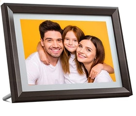 Top 10 Best Wifi Digital Photo Frames in 2021 (Nixplay, Pix-Star, and More) 1