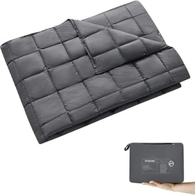 Top 10 Best Down Blankets in 2020 (Madison Park, LinenSpa, and More) 3