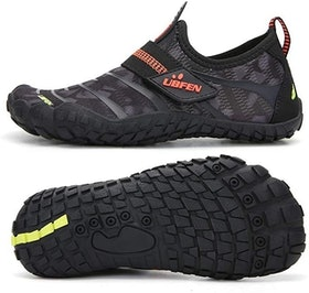 Top 10 Best Water Shoes for the Beach in 2021 (Teva, Keen, and More) 1