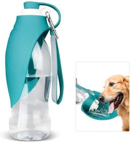 Top 10 Best Dog Water Bottles in 2020 (Tuff Pupper, PETKIT, and More) 1