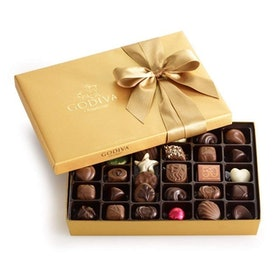 Top 10 Best Boxes of Chocolates in 2021 (Lindt, Ferrero Rocher, and More) 4