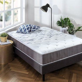 Top 10 Best Mattresses for Kids in 2020 (Zinus, Linenspa, and More) 4