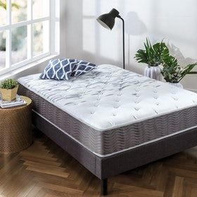 Top 10 Best Mattresses for Kids in 2021 (Zinus, Linenspa, and More) 2
