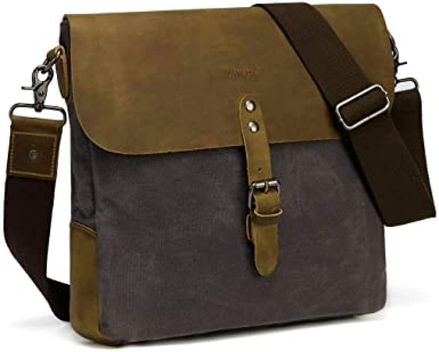 VASCHY Small Messenger Bag 1