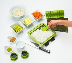 Top 10 Best Sushi Making Kits in 2021 (Bambooworx, Aya, and more) 1