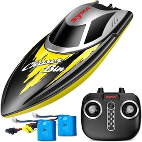 Top 10 Best Remote Control Boats for the Pool in 2021 (Force1, Yezi, and More) 5
