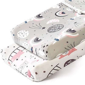 Top 10 Best Changing Pad Covers in 2021 (Burt's Bees Baby, BlueSnail, and More) 3