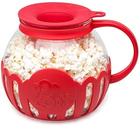 Top 9 Best Microwave Popcorn Poppers in 2021 (Cuisinart, Nordic Ware, and More) 1