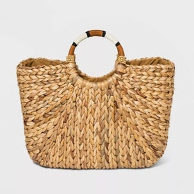 Top 10 Best Straw Bags in 2021 (Loewe, H&M, and More) 2