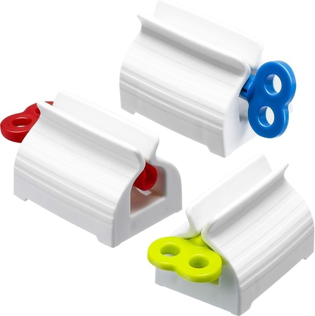 Chengu Rolling Tube Toothpaste Squeezer 1