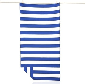 Top 10 Best Beach Towels in 2021 (Dock & Bay, Kaufman, and More) 1