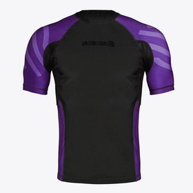 Top 10 Best Rash Guards for Surfers in 2021 (Speedo, O'Neill, and More) 4
