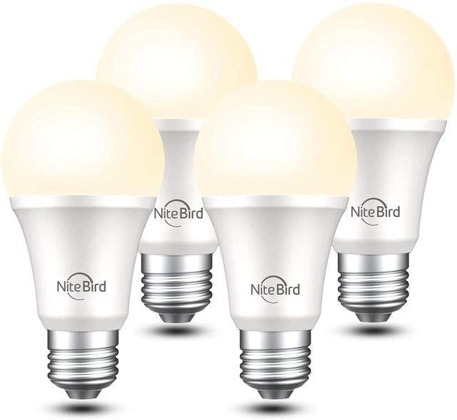 NiteBird Smart Lightbulb 800 Lumens Warm White 1