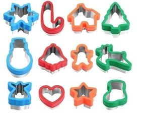 Top 10 Best Christmas Cookie Cutters in 2020 (Ann Clark, Wilton, and More) 5