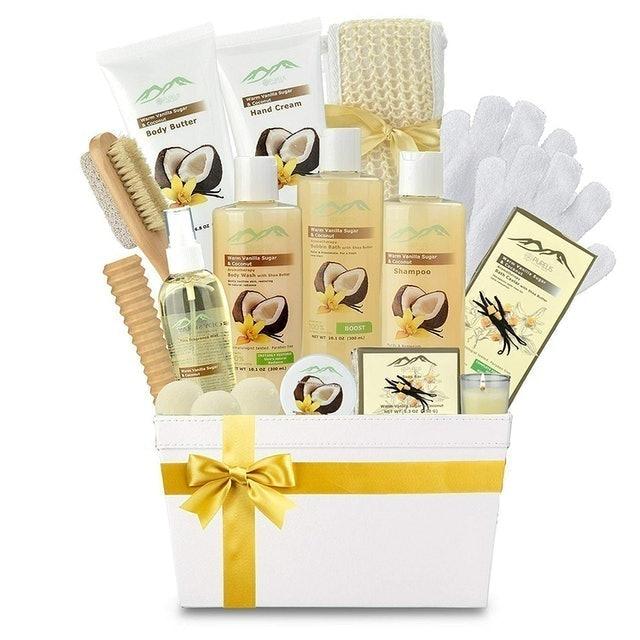 Purelis Premium Deluxe Bath and Body Gift Basket 1