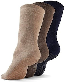 Top 10 Best Non-Slip Socks in 2021 (Dr. Scholl's, Pembrook, and More) 4