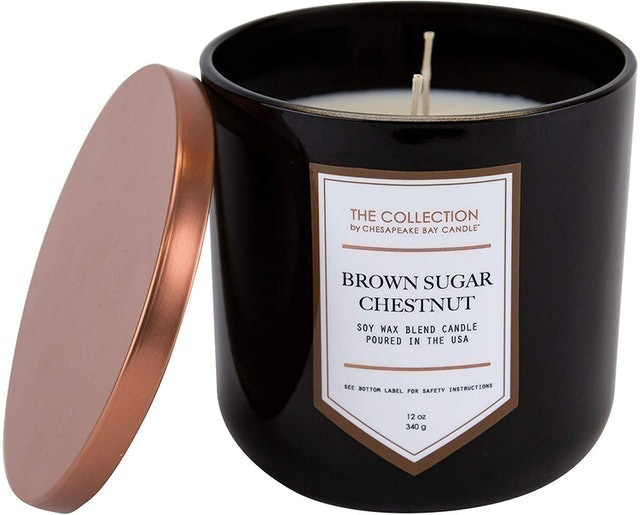 Chesapeake Bay Candle  Two-Wick Scented Candle 1