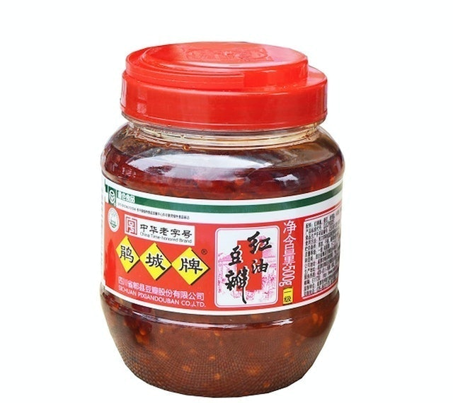Juan Cheng Sichuan Pixian Broad Bean Paste with Red Chili Oil  1