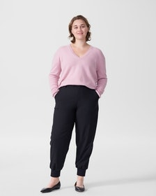 Top 10 Best Women's V-Neck Sweaters in 2020 (Everlane, Free People, and More) 3