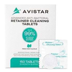 Top 9 Best Retainer Cleaners in 2020 (Retainer Brite, Avistar, and More) 1