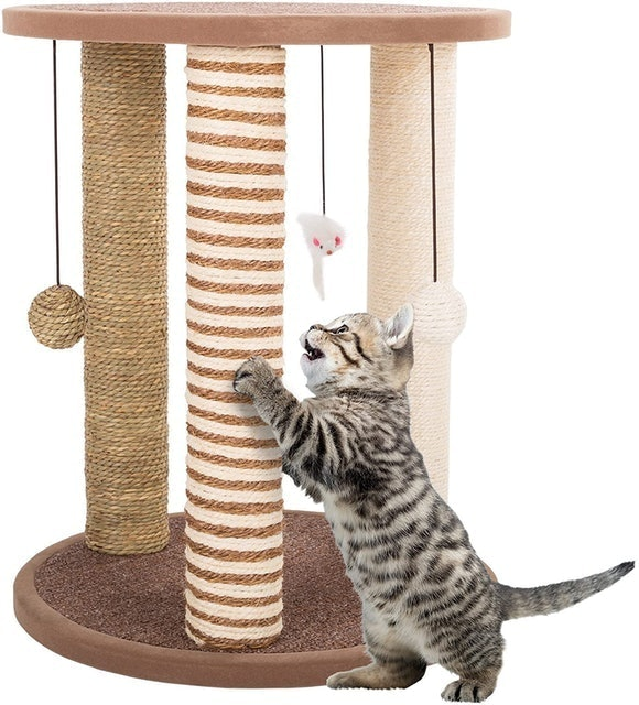 Petmaker 3-Pole Cat Scratcher 1