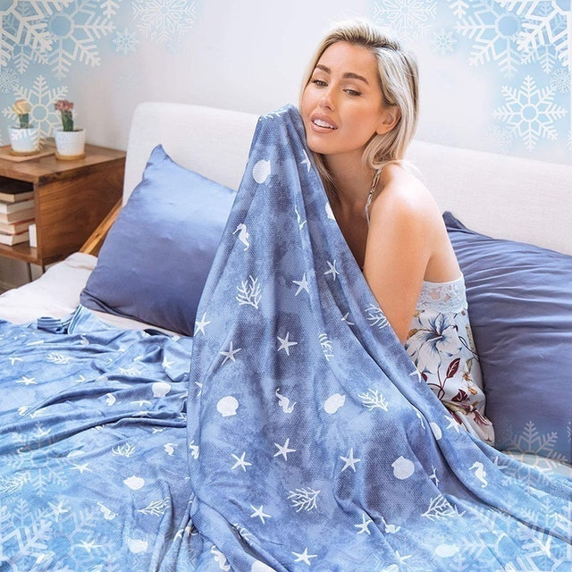 Ailemei Double-Sided Cooling Blanket 1