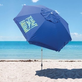 Top 10 Best Beach Umbrellas in 2021 (Sport-Brella, Tommy Bahama, and More) 2