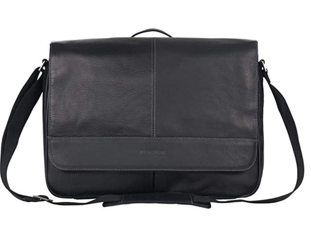 Kenneth Cole Reaction Risky Business Messenger Bag 1