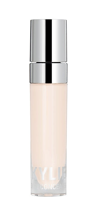 Black Circles: Use the Luster of Pearl and Liquid Concealers