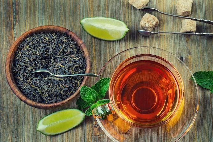 Tea Aficionados, Experience Full Flavor with Whole Leaves