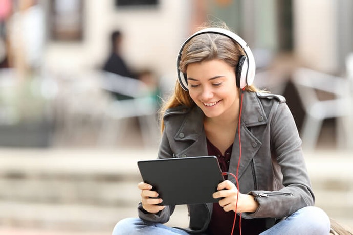 Search for Apps with Audio Content for Practicing Speaking and Pronunciation