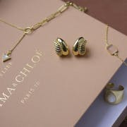 Top 10 Best Jewelry Subscription Boxes in 2021 (Pura Vida, Rocksbox, and More)